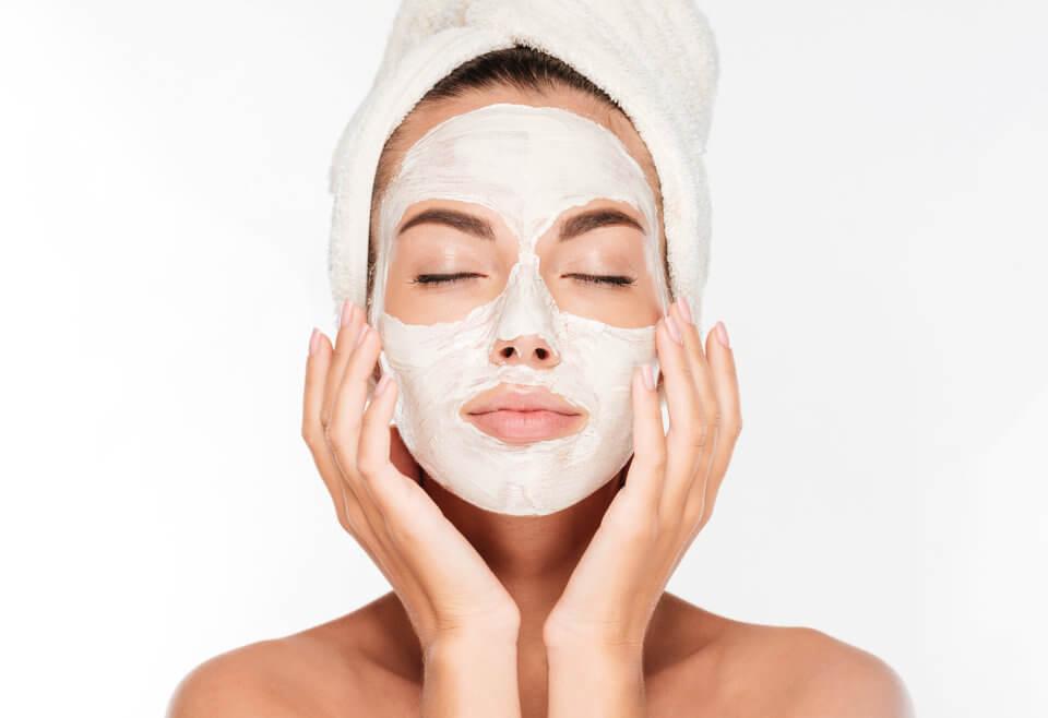 Wiosenna pielęgnacja skóry w okresie wiosennym.
